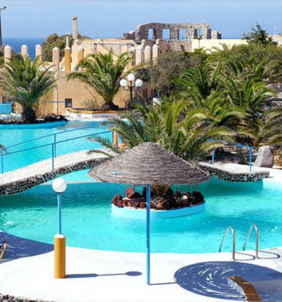 Почивка в Гърция, о-в Санторини хотел Caldera View Bungalow Resort 3*
