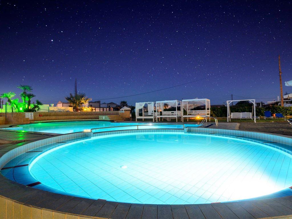Простой, уютный и экономичный на все включено отель на Крите!