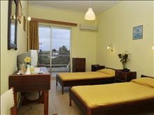 Siagas Beach Hotel - photo 4