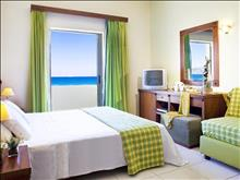 Mareblue Neptuno Beach Resort: Triple Room - photo 13