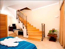 Lakitira Suites - photo 8