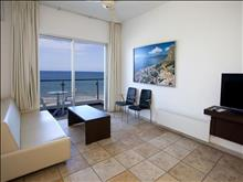 Costantiana Beach Hotel Apartments - photo 13