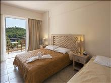 Alonissos Beach Bungalows & Suites Hotel - photo 18