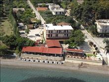 Castella Beach Hotel - photo 7