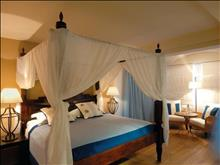 Blue Palace A Luxury Collection Resort & Spa: The Royal Blue Villa – Master Bedroom