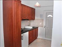 Amoudi Hotel Apartments: Kitchen area - photo 11