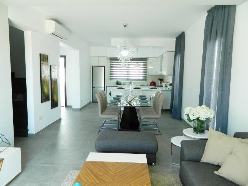 For Sale - Villa 149 m² in Limassol
