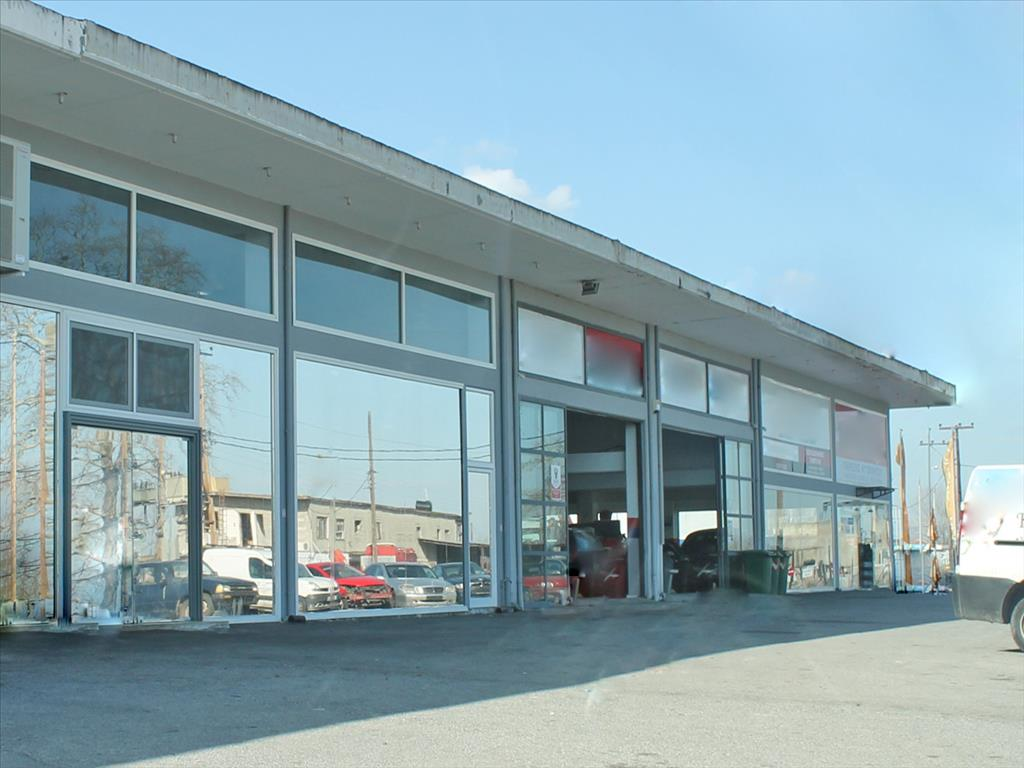 Sale - Business 300 m² on the Olympic Coast
