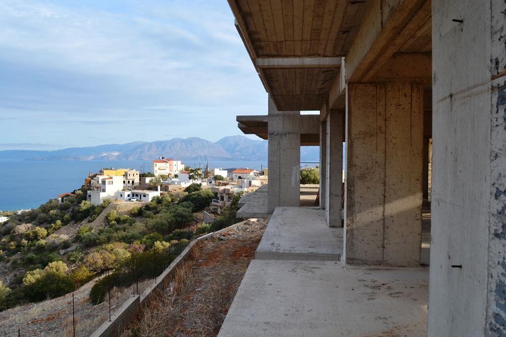 For Sale - Business 720 m² in Crete